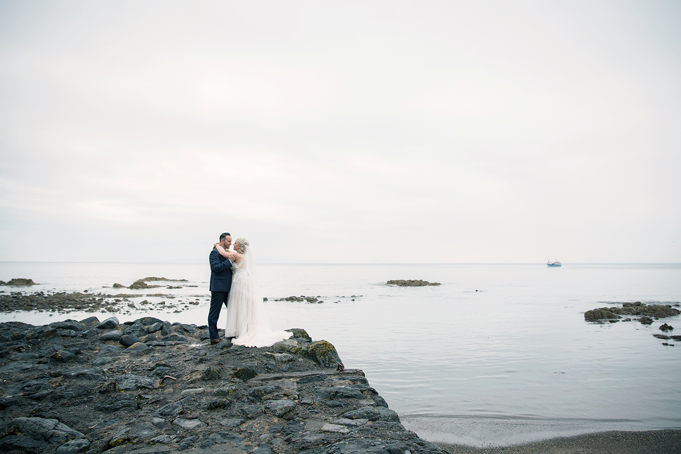 h4.-culzean-castle-bridal-couple